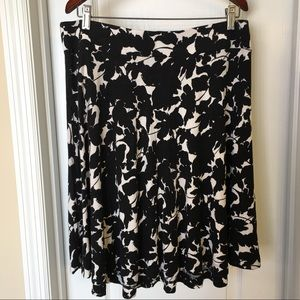 LOFT A-Line Midi Black & White Print Skirt